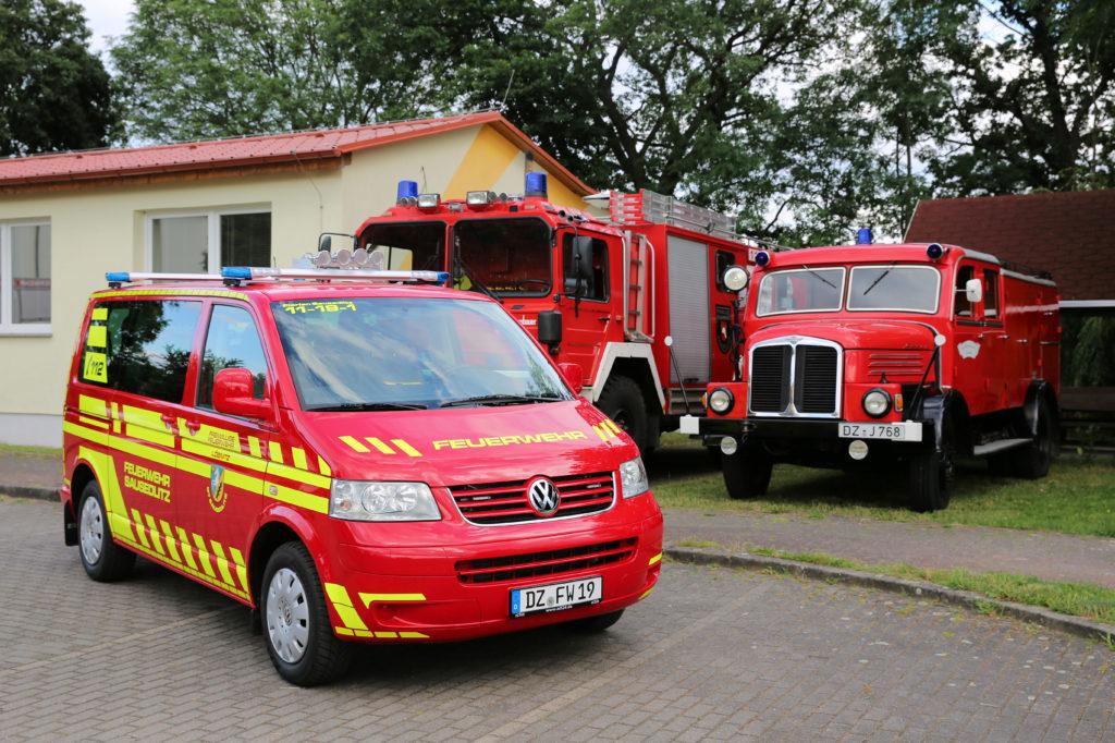 2020 07 02 Feuerwehrfahrzeuge Unterschiedlicher Generationen
