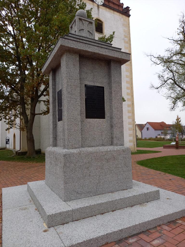 2020 11 10 Abnahme Kriegerdenkmal Evkirche 3